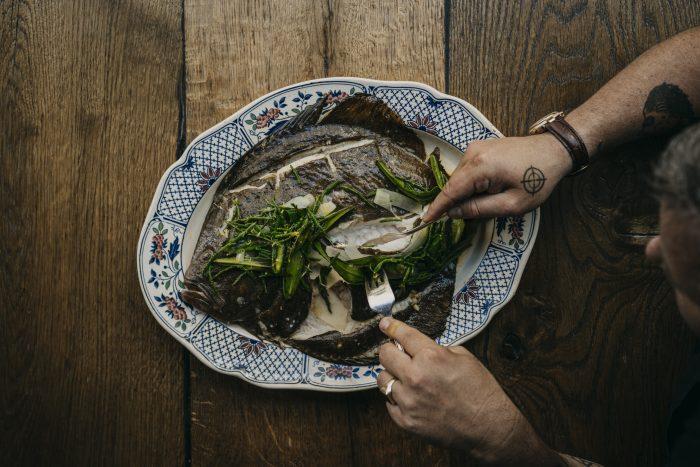 Tarbot op Baskische wijze met zilte groenten van Freek van Noortwijk