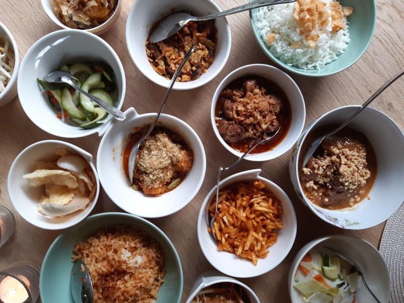 Ron Gastrobar at Home. De Indonesische rijsttafel van Ron Blaauw