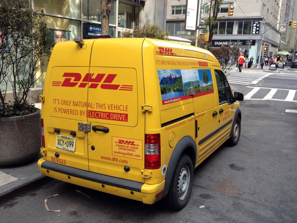 In a little-noticed switch, many DHL and UPS vehicles in NYC are now electric, hybrid, or CNG. (Ph: City Atlas)