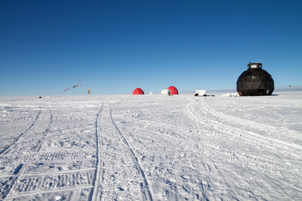 The NEEM ice core site, Greenland. (Photo: Tyler Jones, 2012)