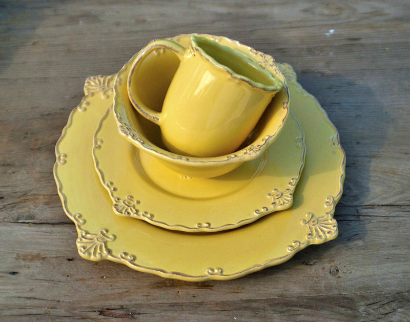 Rooster Dinnerware Set Yellow  The City Farm