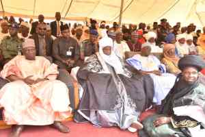 Deputy Governor, Dr Manasseh Daniel Jatau and other dignitaries at the turbaning on Saturday
