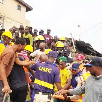 Lagos Building Collapse: Two Dead, Nine Rescued {Photos}