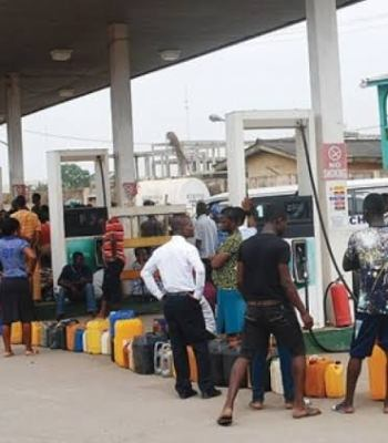 Panic Buying As Petrol Price Is Allegedly Set To Hit N150/Litre