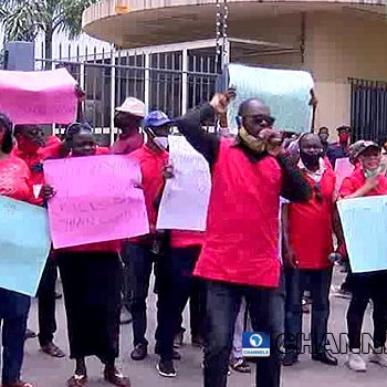Fuel Scarcity Looms As NUPENG, PENGASSAN Threaten Nationwide Strike Over Unpaid Salaries ~ Thecitypulsenews