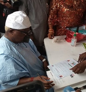 Omisore, Another Top Politician Decamps To APC