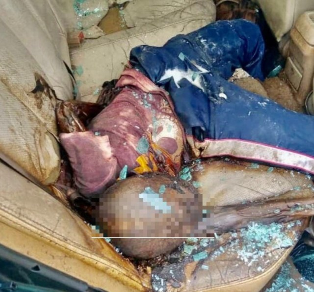 Izakpa Police Discovers Decomposing Body Of Two Children In Abandoned Car {Photos}