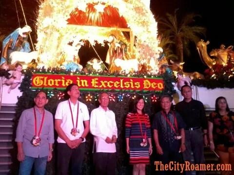QC Govt Officials at the Araneta Center Belen Lighting Ceremony