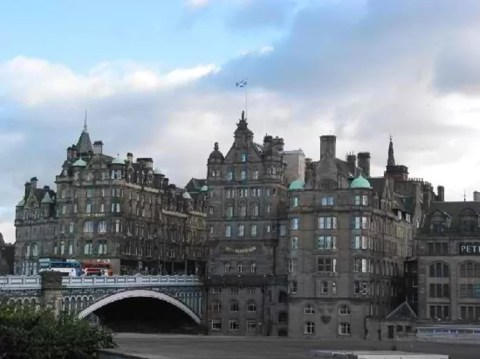 Top Cities in Europe to Travel With Your Parents - Edinburgh