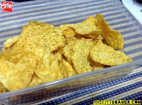 Light and Crispy Chachos Tortilla Chips