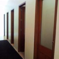 shower rooms at Aquaria Beach Resort bath house