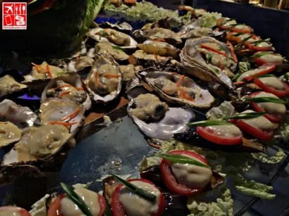 Delicious Oysters at Crown Regency Beachfront Buffet