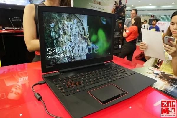 Lenovo Legion Y520 on display