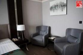 Deluxe Room - Bedside