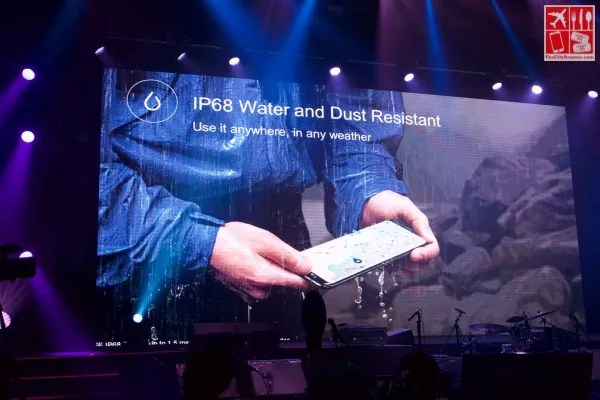 Samsung Galaxy S9 Features - Water and Dust Resistant
