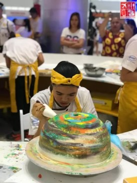 Students in action at the Goldilocks' Cake Battle 2019