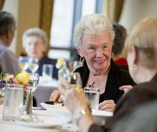 senior living dining services