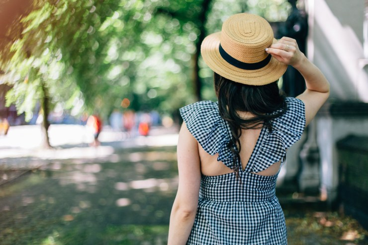 boater-hat-and-gingham