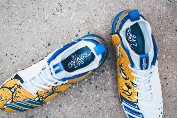 Kris bryant wings for life cleats 5