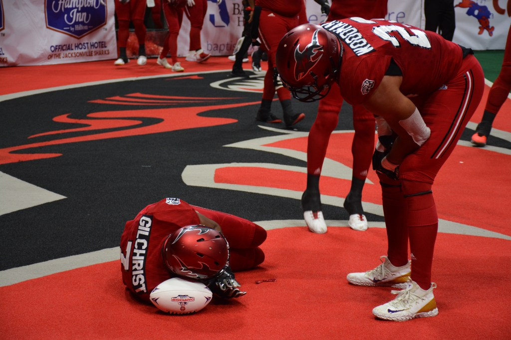 Chris Gilchrist celebrates scoring TD, Jacksonville Sharks