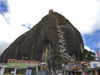 Guatape_rock