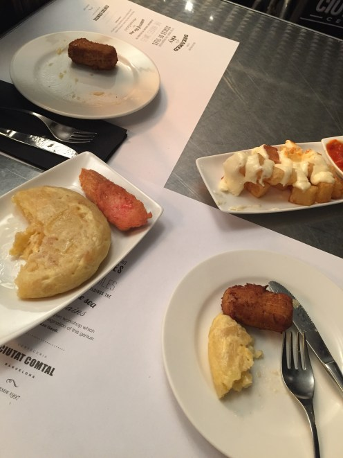 Patatas bravas, tapas, Spanish tortilla - one of the best dinners of my life!