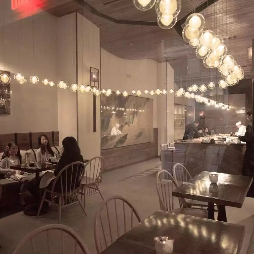 Restaurants Available in the Building - Lights - The Collection