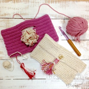 Knit and crochet a summer clutch