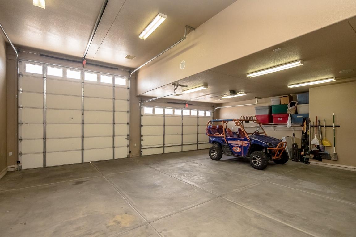 Lake Havasu Home With Oversized 3 Car Garage 2146 Runabout Dr