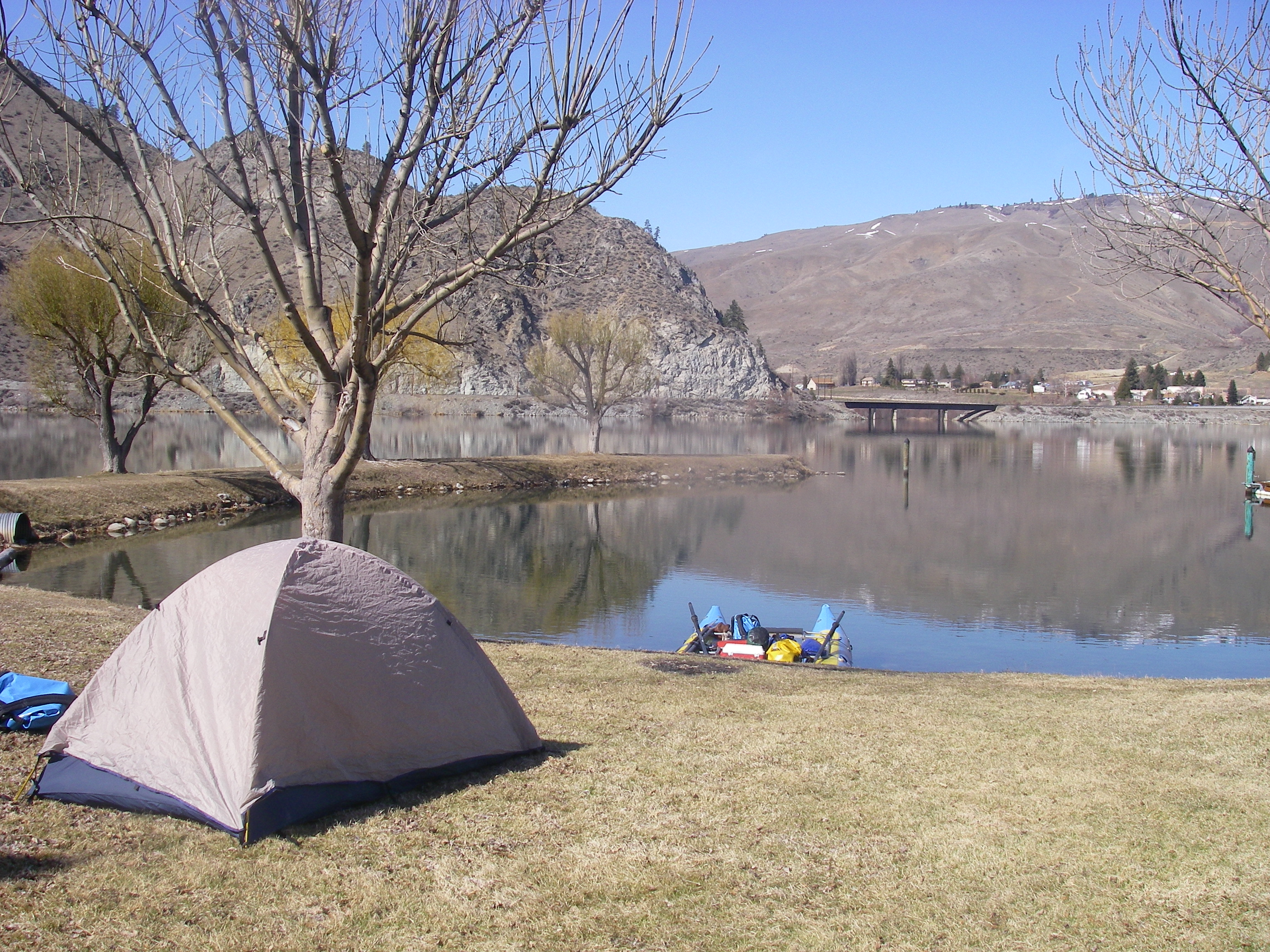 Campground 10 miles upriver from Rocky Reach Dam
