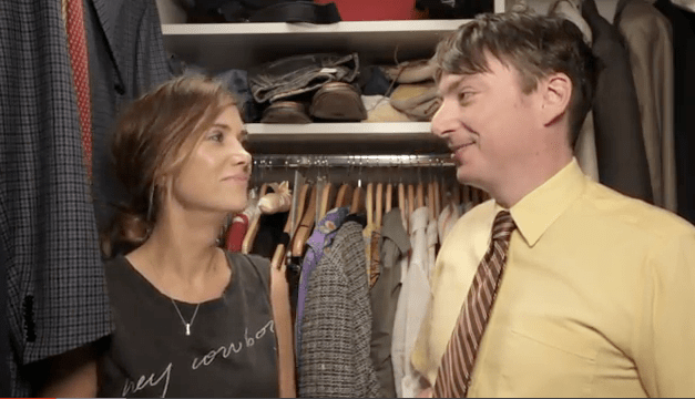 "Kristen Wiig spends ""7 Minutes in Heaven"" with Mike O'Brien"