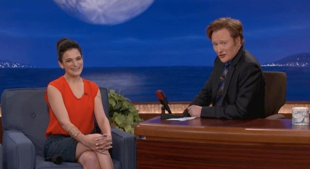 "Jenny Slate explains her ""Marcel the Shell"" voice to Conan"