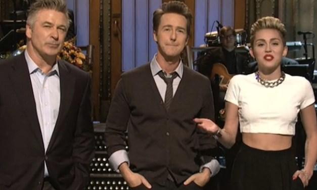 SNL #39.4 RECAP: Host Edward Norton, musical guest Janelle Monae