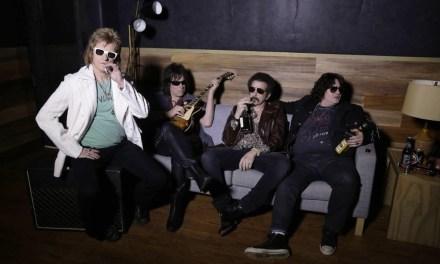 FX orders Denis Leary's Sex&Drugs&Rock&Roll to series, co-starring Robert Kelly, John Corbett