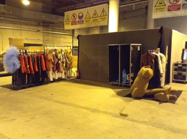 MontyPythonLive_backstage