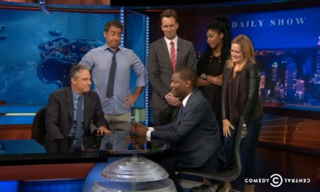 "The Daily Show's ""We Hardly Used Ye"" mock tribute farewell to Michael Che"