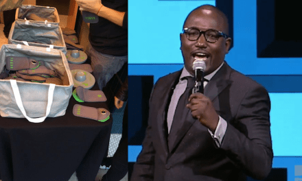 Outsmarting Smartphones: Yondr tests a cell-free stand-up show with Hannibal Buress