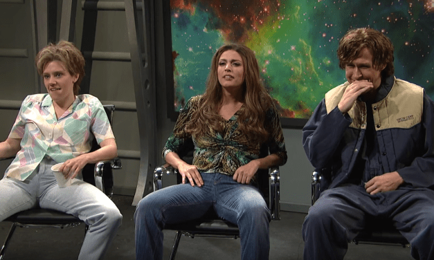Ryan Gosling joins the pantheon of great moments in Saturday Night Live laughing breaks