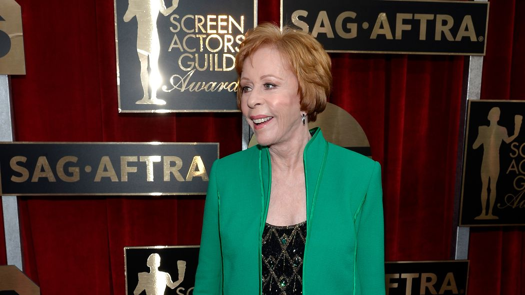 Carol Burnett accepts the SAG Lifetime Achievement Award in 2016