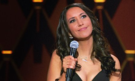 """Review: Amy Schumer Presents Rachel Feinstein, """"Only Whores Wear Purple"""" (Comedy Central)"""