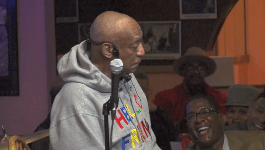 Bill Cosby Re Emerges Onstage To Tell Jokes Join The Band At