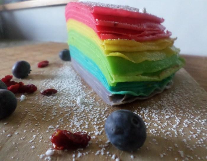Gâteau de crêpes rainbow, vive la Chandeleur