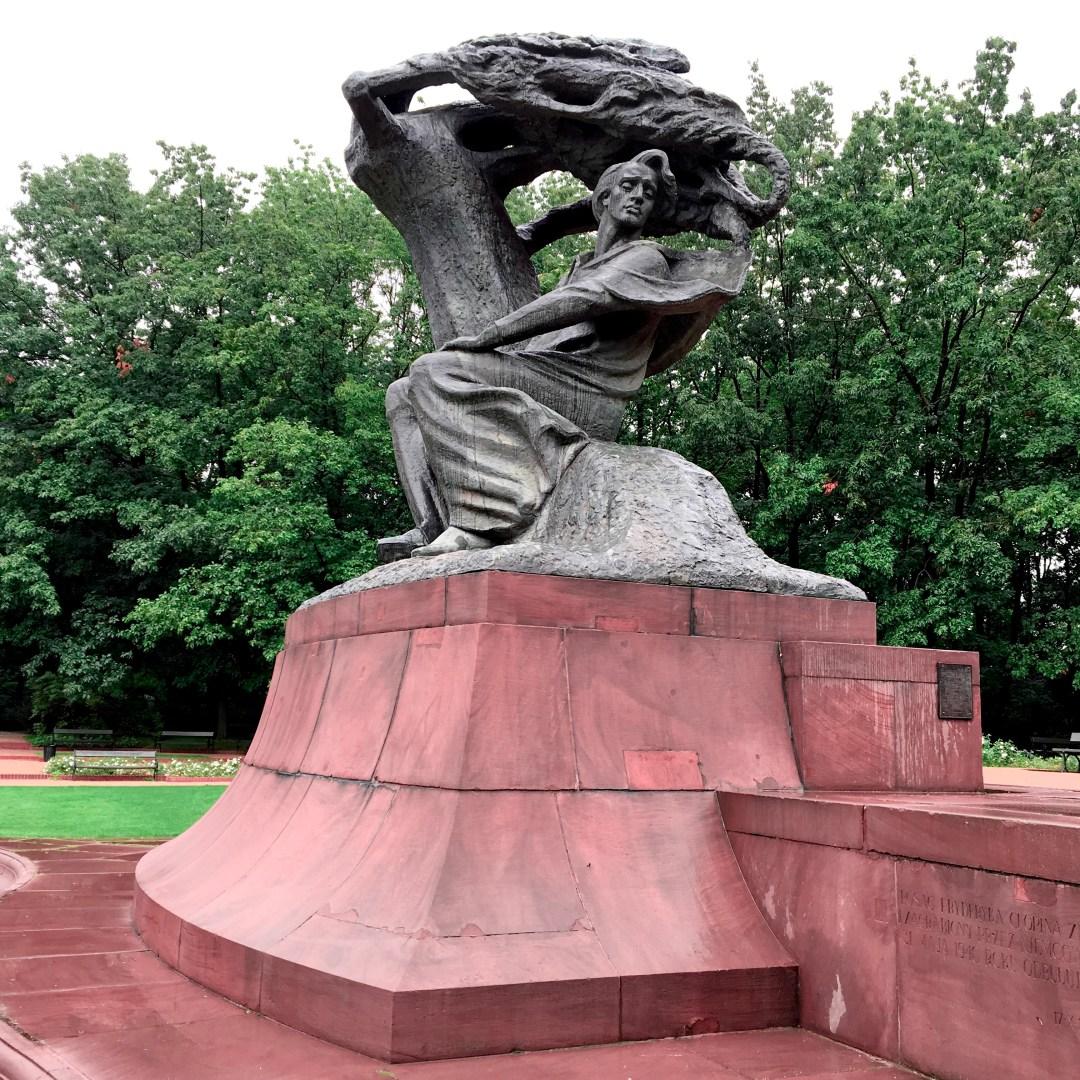 Parc-Lazienki Statue Chopin