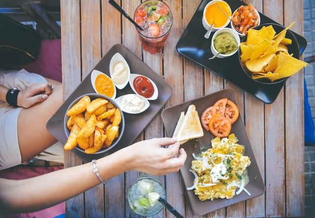Social eating restaurant
