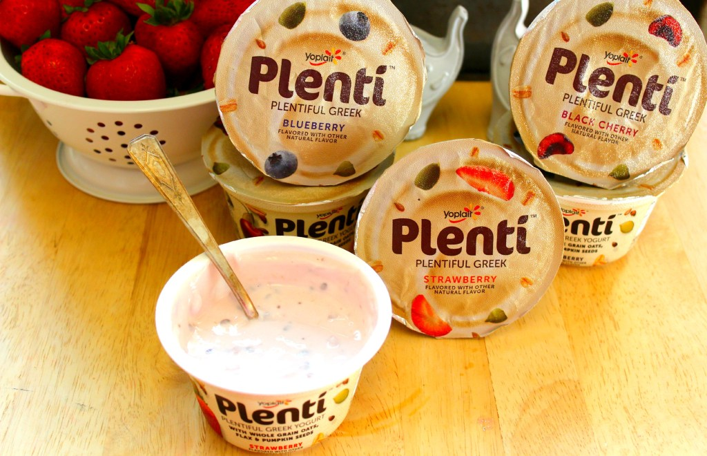 Staying Full with Yogurt ~ The Complete Savorist #LandofPlentí  #sp