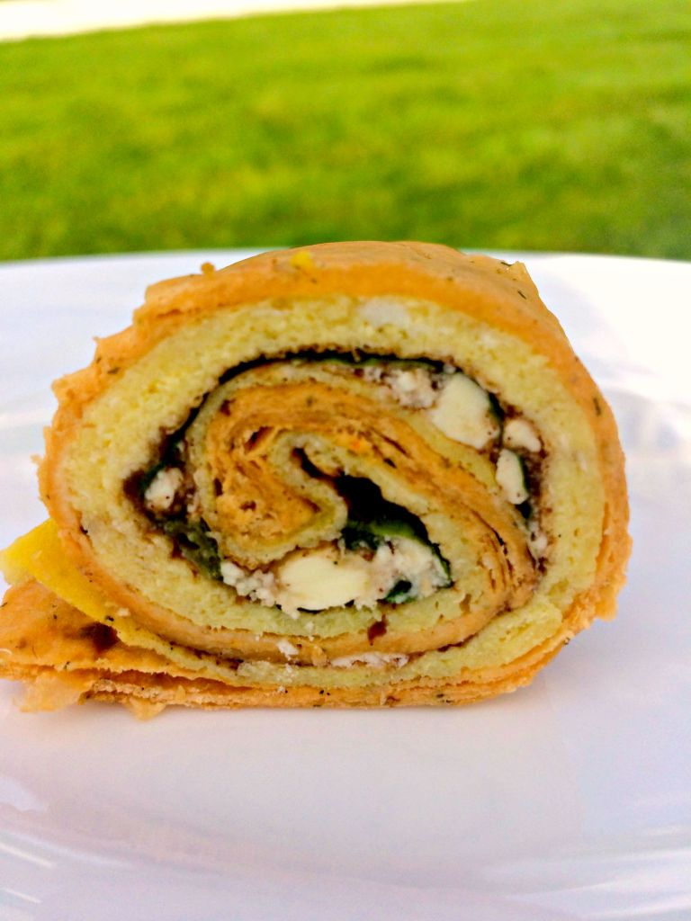 Balsamic Feta Egg Wrap ~ 2 seasoned eggs cover with garlic-herb spreadable cheese, balsamic jam, lettuce, fresh basil, and feta cheese all rolled up in a sun-dried tomato basil wrap ~ The Complete Savorist #PureLifeRippleEffect #ad
