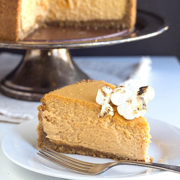 Sweet Potato Cheesecake - Cookie Dough and Oven Mitt