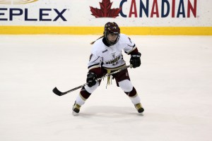 Sports-WomensHockey1-BriannaThicke