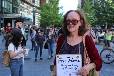A supporter at the demonstration for Dr. Hoodfar in Montreal, on September 21. Photo by Alex Hutchins.