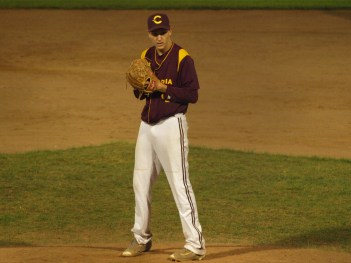 The Stingers received great pitching in their 8-3 victory. Photos by James Kierans.